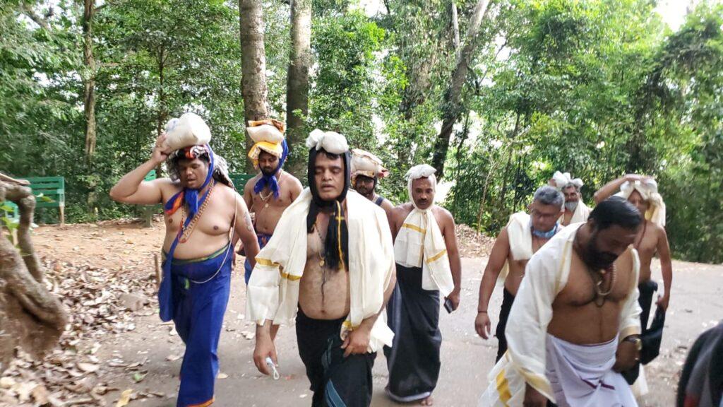 DCM takes Ayyappa Swamy Darshan at Sabarimale1