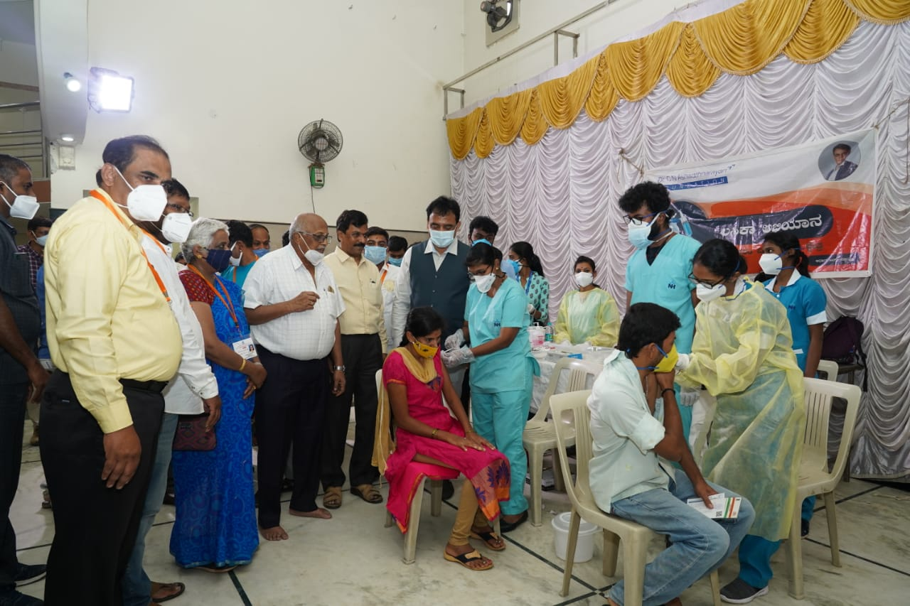 Karnataka DyCM conducts Vaccination for Merchants in Malleswaram