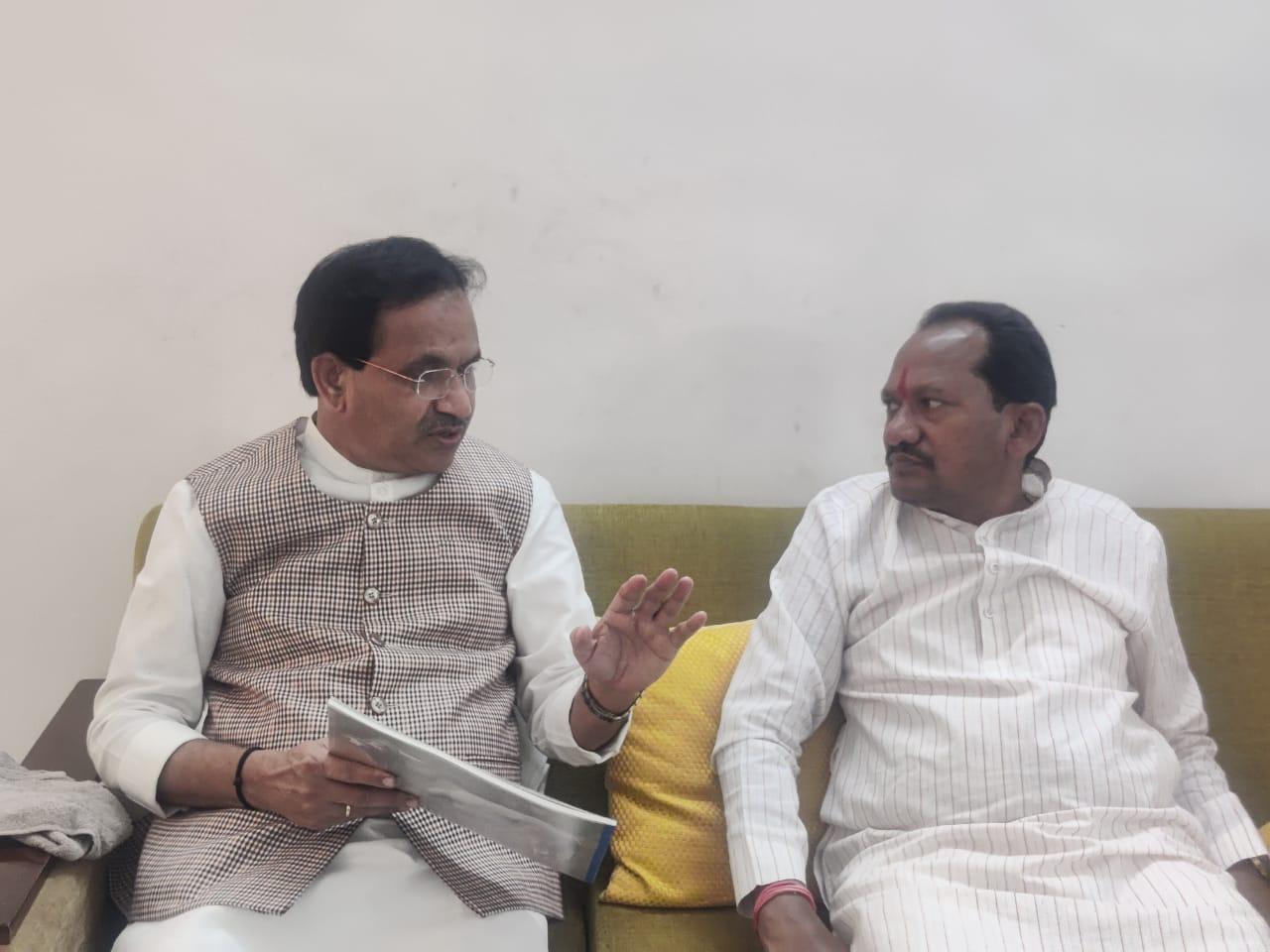 Prabhu Chavan meets Bhagawant Khuba