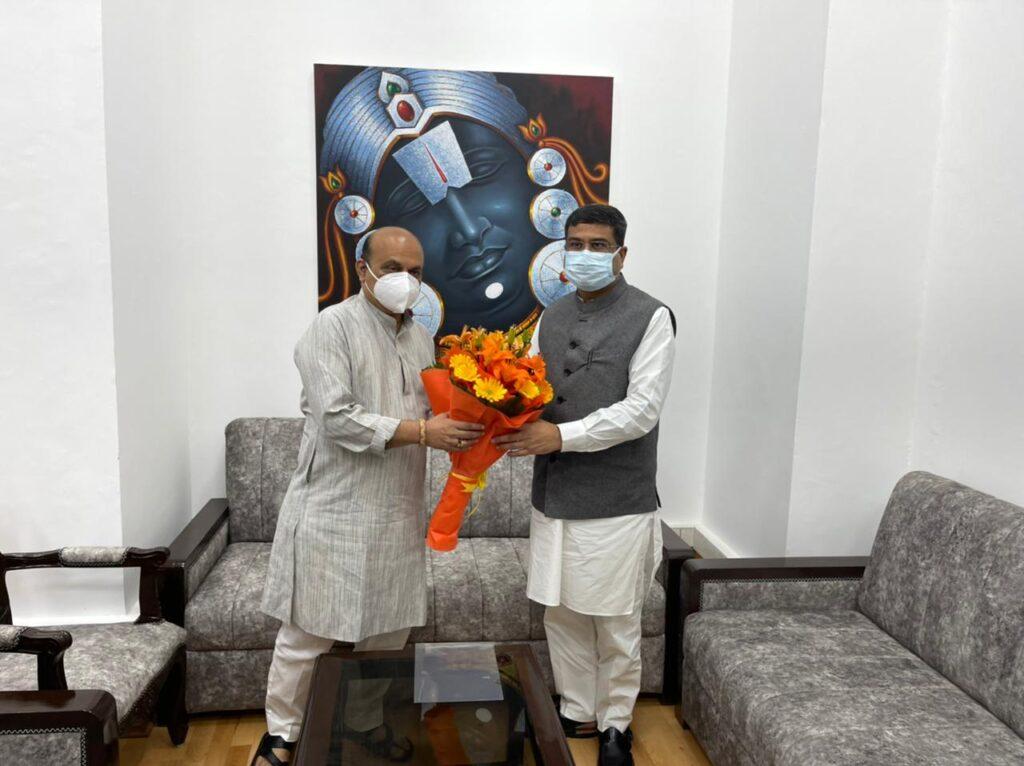 bommai meets Dharmendra Pradhan